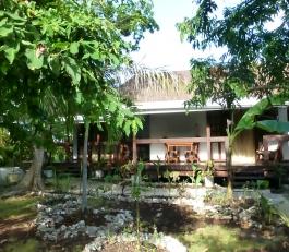 banig exterior 2