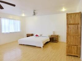 Barkada Room I
